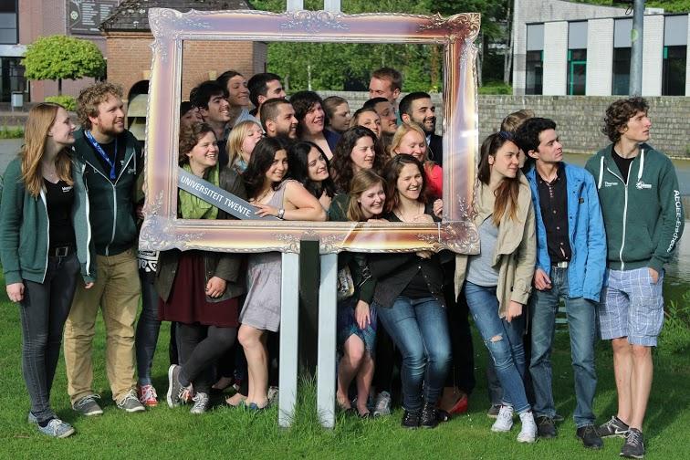 EuropeanSchool1 – Be the last missingpiece!